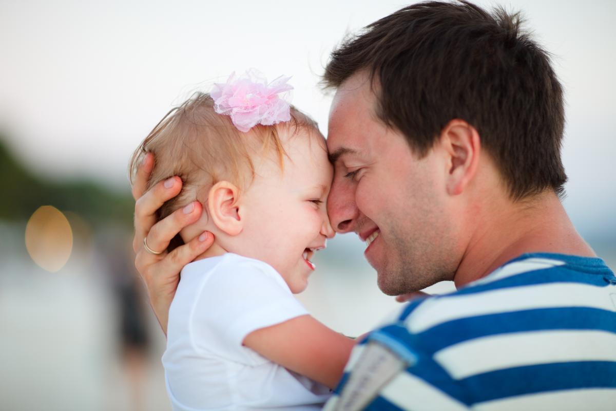 Секс папа и маленькие девочка 31 фотография